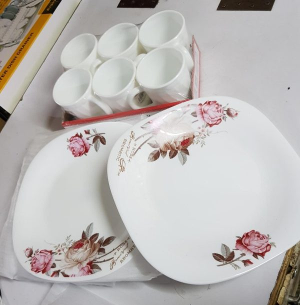 6 Pcs Square Dinner Plates+ 6 Cups – White & Pink Floral